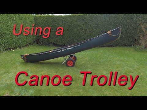 Using a canoe trolley