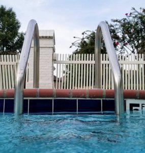 Pool_zaeune
