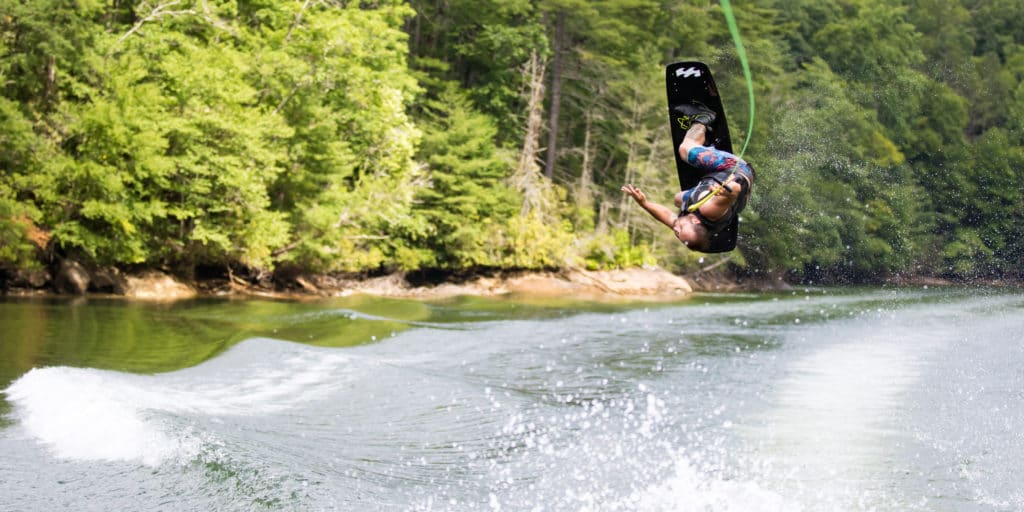 wakeboard_boot