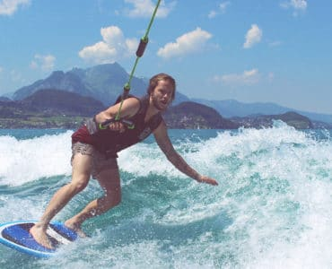 wakesurf_board